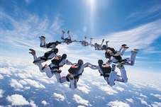 How to join us_ Skydivers_flying_in_circle